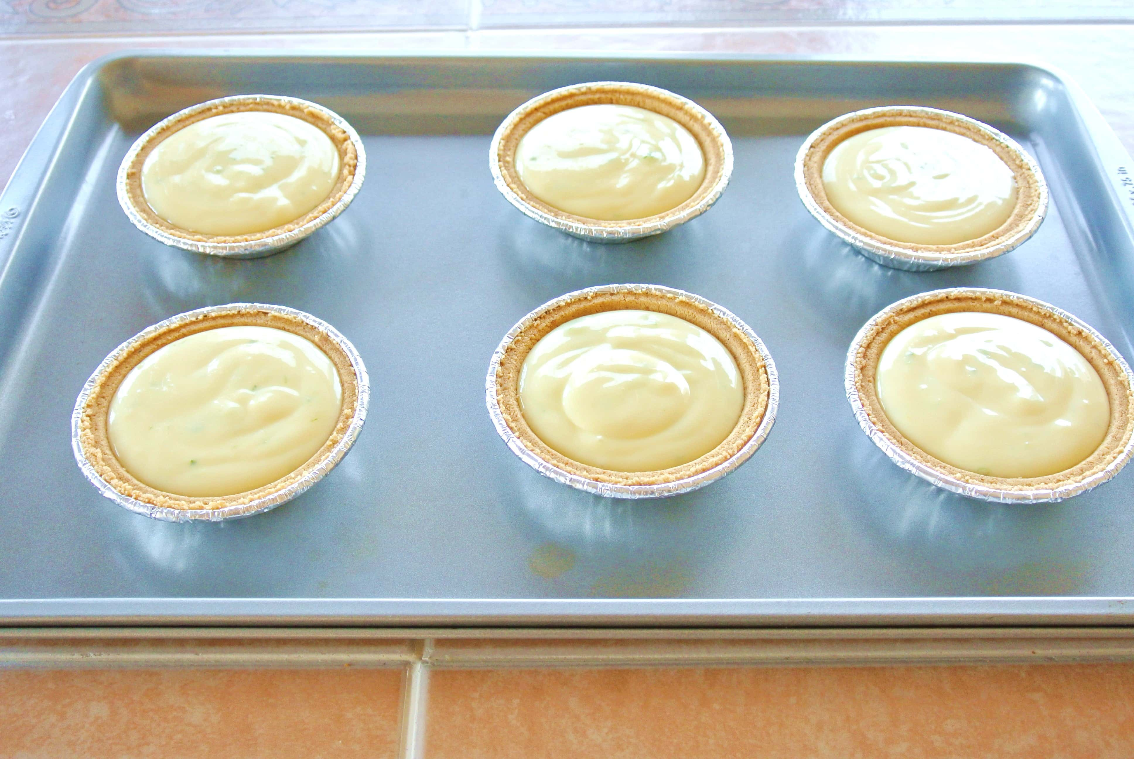 Key Lime filled mini graham cracker pies