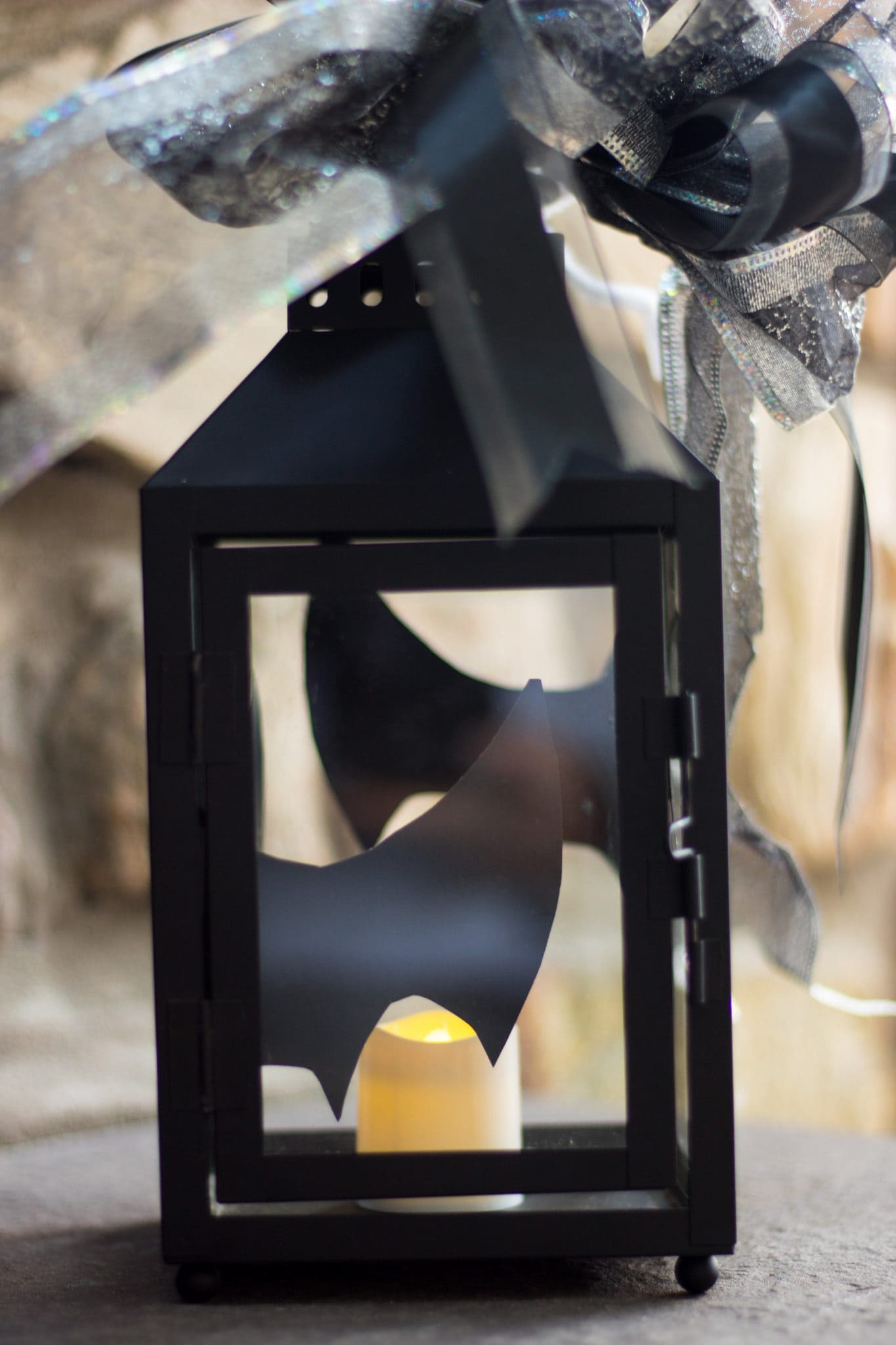 Black Lantern of Bats- Cheap and Easy Halloween Decorating Ideas