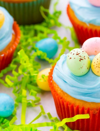 Robin's Egg Cupcakes